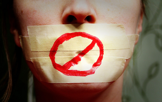 Read more about the article Are Social Media Disclaimers for Employees Really Necessary?