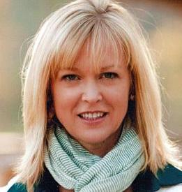 Read more about the article #BizForum Chat Hosts Social Media Master Candace Kemp McCaffery